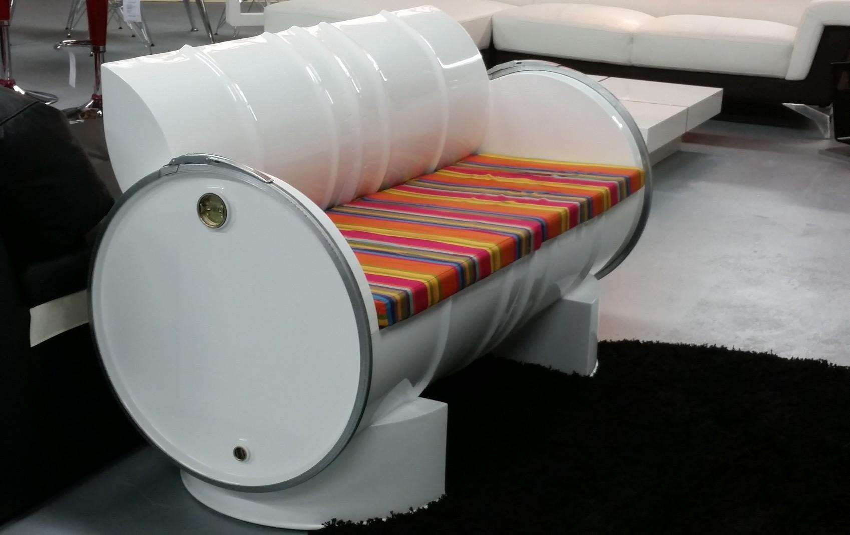 Salon de jardin design, canapé, fauteuil et table d\'extérieur ...