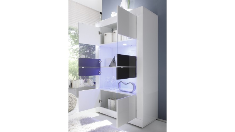 vitrine lumineuse design 4 portes laqu e blanche lernig gdegdesign. Black Bedroom Furniture Sets. Home Design Ideas