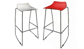 Tabouret chaise haute en polypropylène - Karlito