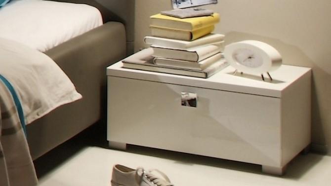chevet design laqu blanc 1 tiroir poign e chrom e dune gdegdesign. Black Bedroom Furniture Sets. Home Design Ideas