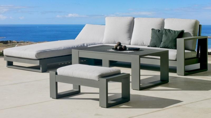 Salon D Angle De Jardin Avec Table Et Pouf California Gdegdesign