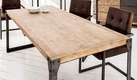 Salle à manger industrielle bois et métal - Jorg