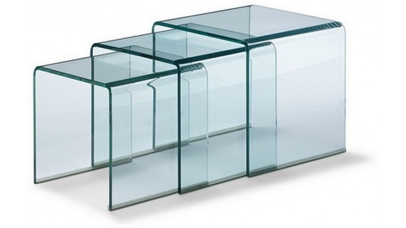 table d 39 appoint gigogne noula en verre transparent. Black Bedroom Furniture Sets. Home Design Ideas