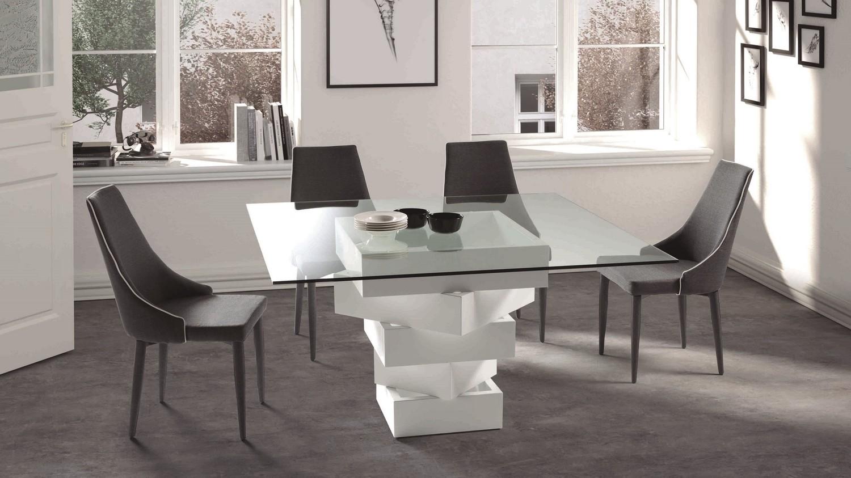 Table a manger carree design fashion designs for Table a manger carree design
