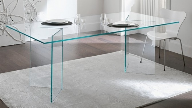 Table rectangulaire design en verre transparent - Bogota