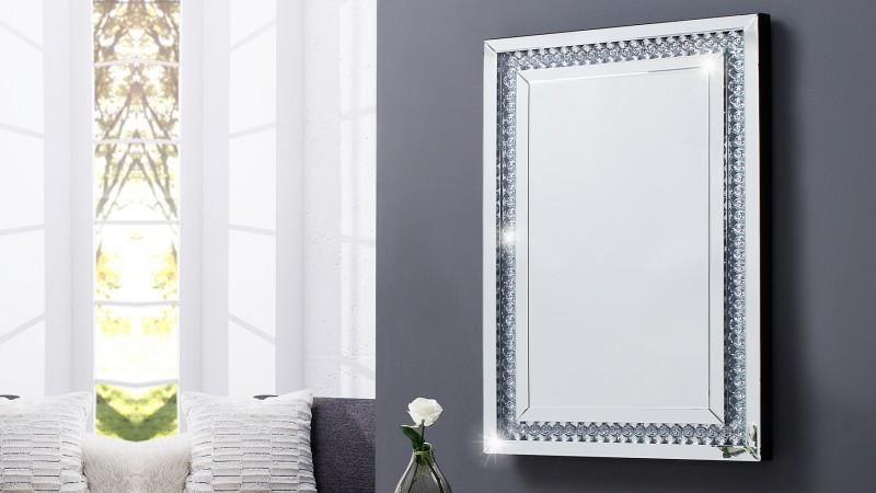 Miroir moderne rectangulaire 90x60 cm avec strass Sonja - GdeGdesign